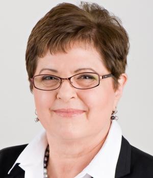 Claire Lohr
